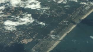 Satellitbilleder: Før og efter tsunamien i Japan